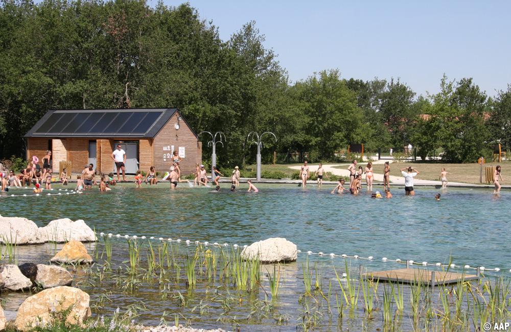 L 39 atelier architectures et paysages baignade naturelle mt pr s c - Baignade naturelle mont pres chambord ...